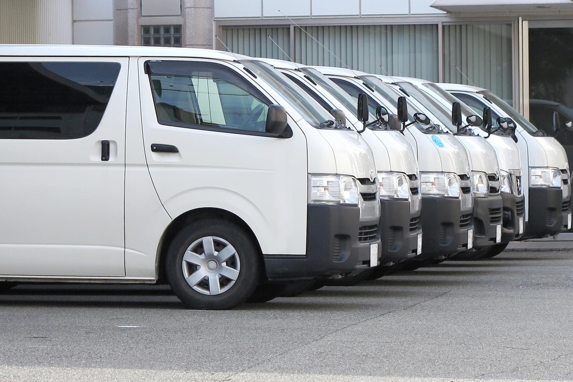 自動車のIoT化による運行効率化・交通事故削減