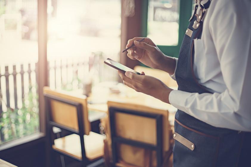 飲食店の抱える課題をIoTで解決!IoT活用事例6選