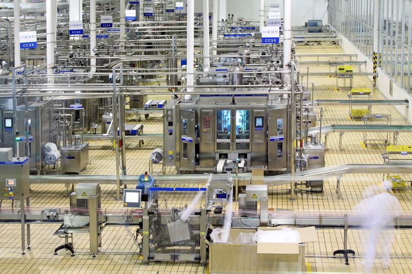 食品製造業がIoTを導入するメリットとは?